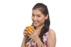 Sumo de laranja bebendo da mulher Imagens de Stock