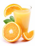 Sumo de laranja e frutas. imagens de stock
