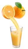Sumo de laranja fresco. fotos de stock royalty free