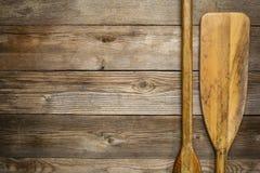 Sumário de madeira da pá da canoa Imagens de Stock Royalty Free