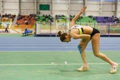 SUMY UKRAINA, LUTY, - 17, 2017: Asya Bardis - 2nd w pentatlonie Ukraiński salowy zawody atletyczni mistrzostwo 2017 Zdjęcia Royalty Free