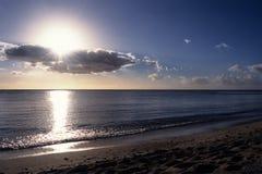 Sun a éclaté dans les tropiques Images stock