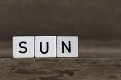 Sun, écrit en cubes Image libre de droits
