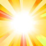 Sun на желтой предпосылке Стоковые Изображения