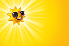 Sun amarelo quente de sorriso com raias Fotos de Stock