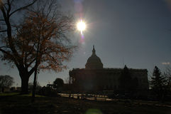 Sun au-dessus du capitol Photo stock