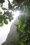 Sun au-dessus du Piton Image stock