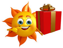 Sun Character With gift box Royalty Free Stock Images