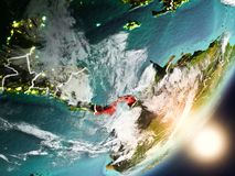Sun che aumenta sopra il Panama da spazio Fotografia Stock
