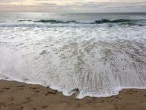 Sun che mette alla spiaggia Fotografia Stock Libera da Diritti