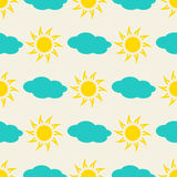 Sun and clouds in the sky seamless background Royalty Free Stock Photography