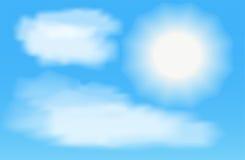 Sun com as nuvens no céu azul Ilustração do vetor Imagem de Stock Royalty Free