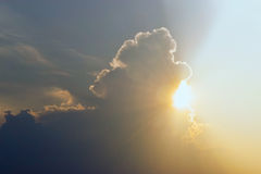 The sun coming out from behind the clouds Royalty Free Stock Images