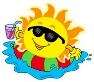 Sun con la bebida en agua Foto de archivo