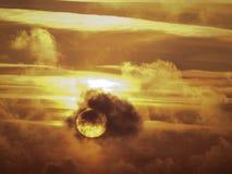 Sun con le nuvole ed il cielo Immagini Stock Libere da Diritti