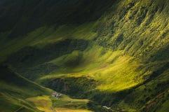 Sun in den Alpen lizenzfreies stockfoto