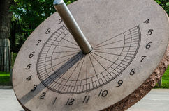 Free Sun Dial Royalty Free Stock Images - 42891779