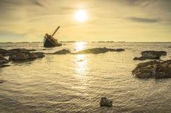 Sun do barco das ruínas Imagem de Stock