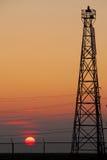 Sun durch Fernsehturm Lizenzfreies Stockfoto