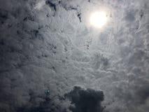 Sun e céu Foto de Stock