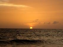 Sun ed oceano Immagini Stock Libere da Diritti