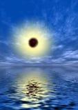 Sun em um céu azul Fotografia de Stock Royalty Free