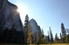 Sun en vallée de Yosemite Photo stock