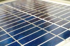 Sun-Energie in der Hand Stockfotos