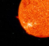 Sun et terre. Photographie stock