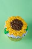 Sun fleurit le gâteau photographie stock libre de droits