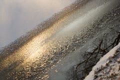 Sun, hielo, nieve y agua Paisaje del invierno Fotos de archivo