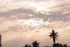 The Sun iść od nieba zdjęcia stock