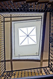Sun iluminou o poço de escada Imagem de Stock Royalty Free