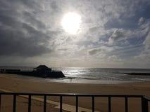 Sun iluminou a praia Fotos de Stock