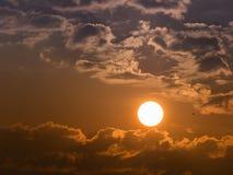 The Sun le jour nuageux Photographie stock libre de droits