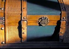 Sun-Lit-Kasten stockbilder