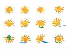Sun, logo, raccolta a energia solare, progettazione di vettore di simbolo Immagine Stock