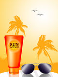 Sun lotion and sunglasses Royalty Free Stock Photos