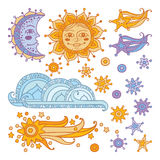 Sun, lune, nuage, étoiles et une comète d'isolement sur le fond blanc Photos libres de droits