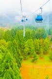 The Sun måne ropewayen för sjön är en scenisk service för gondolkabelbil Royaltyfri Fotografi