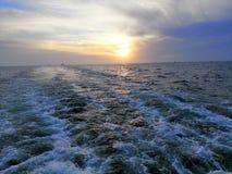 Sun messo in mare fotografia stock