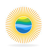 Sun mit reflektiertem Hügelblau bewegt Logo wellenartig Lizenzfreie Stockfotografie