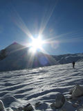 Sun na montanha imagens de stock royalty free