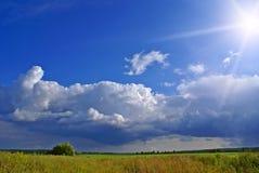 Sun nach Regen a Stockbilder