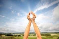 Sun nas mãos imagem de stock royalty free