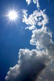 Sun nel cielo blu Fotografie Stock