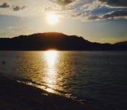 Sun nel lago fotografia stock libera da diritti