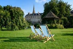 Sun-Nichtstuer-Parade-Garten-Bad England Stockfotos