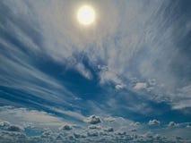 Sun no céu Foto de Stock Royalty Free