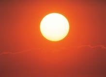 Sun no céu Imagens de Stock